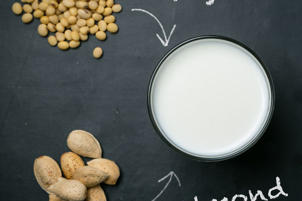 Almond Milk or Soy Milk—Which is the Healthier Alternative?